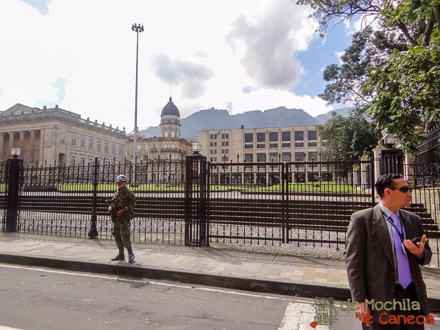 Centro Histórico de Bogotá-Segurança no Palácio de Nariño.
