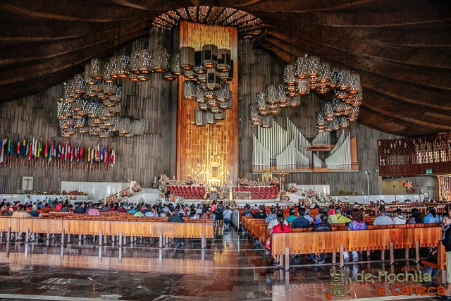 Basílica Nossa Senhora de Guadalupe-Interior da igreja