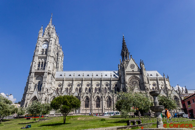 Free Walking Tour em Quito-Basílica del Voto Nacional