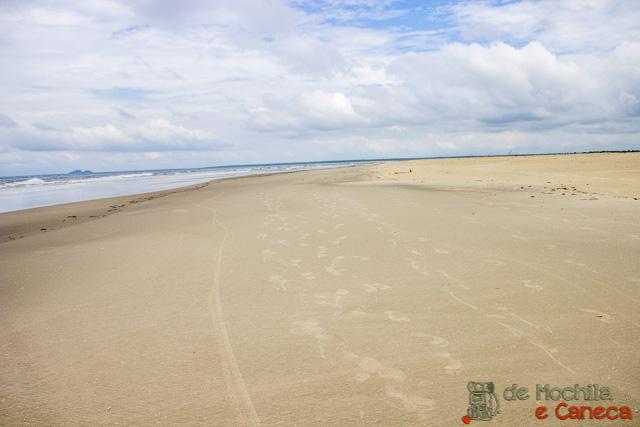 Ilha de Superagui-Praia Deserta.