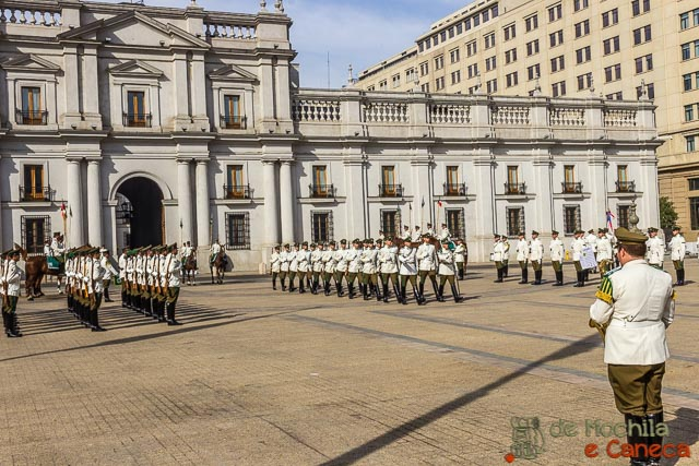 Roteiro de 11 dias no Chile-Palacio de la Moneda.