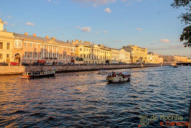 lugares imperdíveis para conhecer em São Petersburgo-Rios e canais