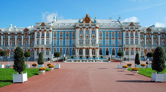 lugares imperdíveis para conhecer em São Petersburgo-26