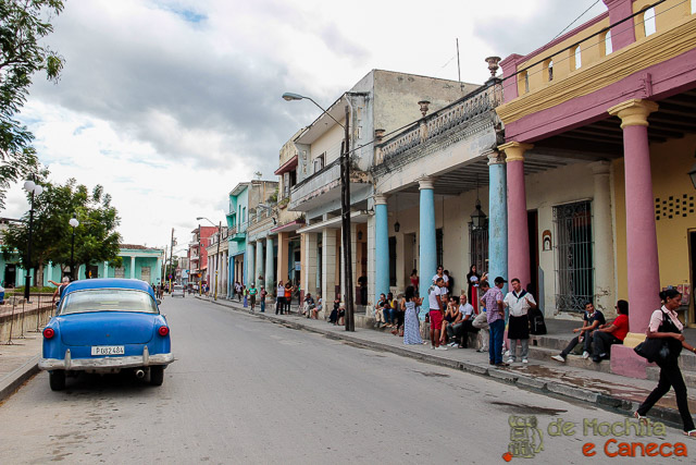 Casas coloridas em Holguin.