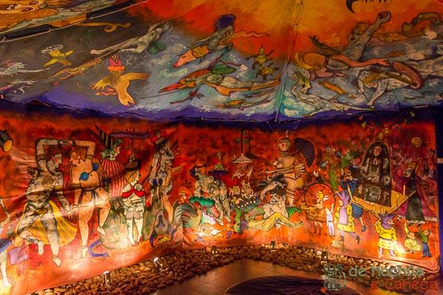 """Tenda da """"piração"""" no Museu do barro."""