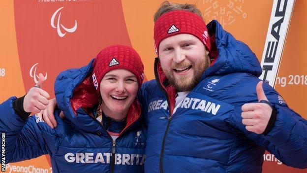 Skiers winners medals