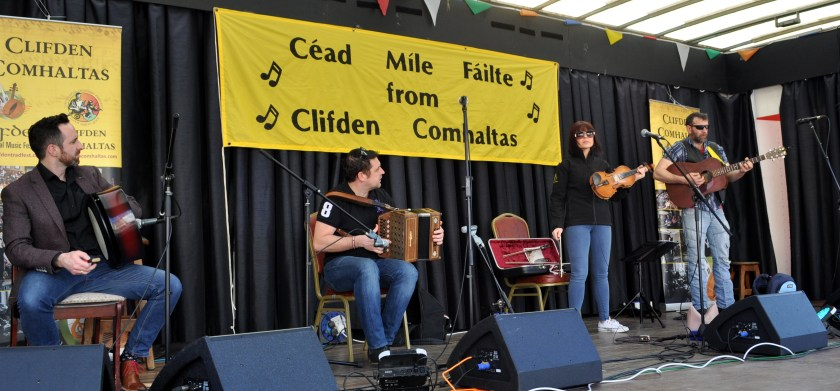 Buskers 37 - Backwest playing at the Clifden Tradfest -(left to right) Peter Vickers, Brendan Browne, Maureen Browne and PJ McDonald.