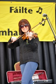 Buskers 39 - Fiddler songstress Maureen Browne of Backwest was one of the stars of the Clifden Tradfest