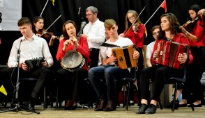 artribune 8 clifden community school musicians and dancers