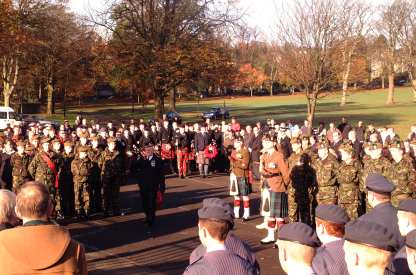 Jackie Baillie Remembrance Day 2009 5