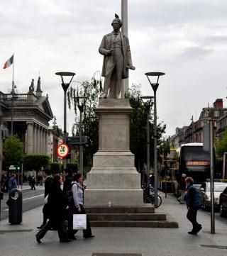 Dublin statues by Ken pic by Bill 5.jpg