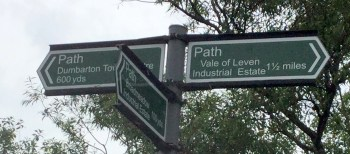 sign for footpath.jpg 2.jpg