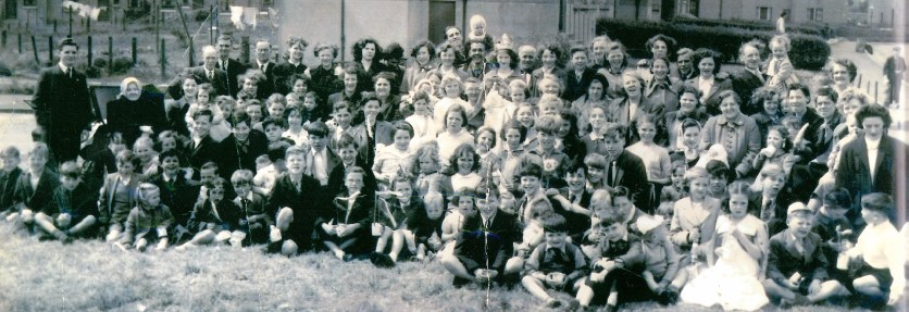 Brucehill (Caledonia Tce) on Coronation Day 1953