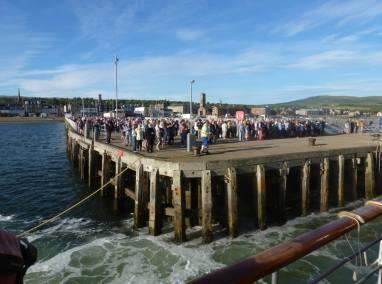 Waverley passengers at Helensburgh Pier 2018