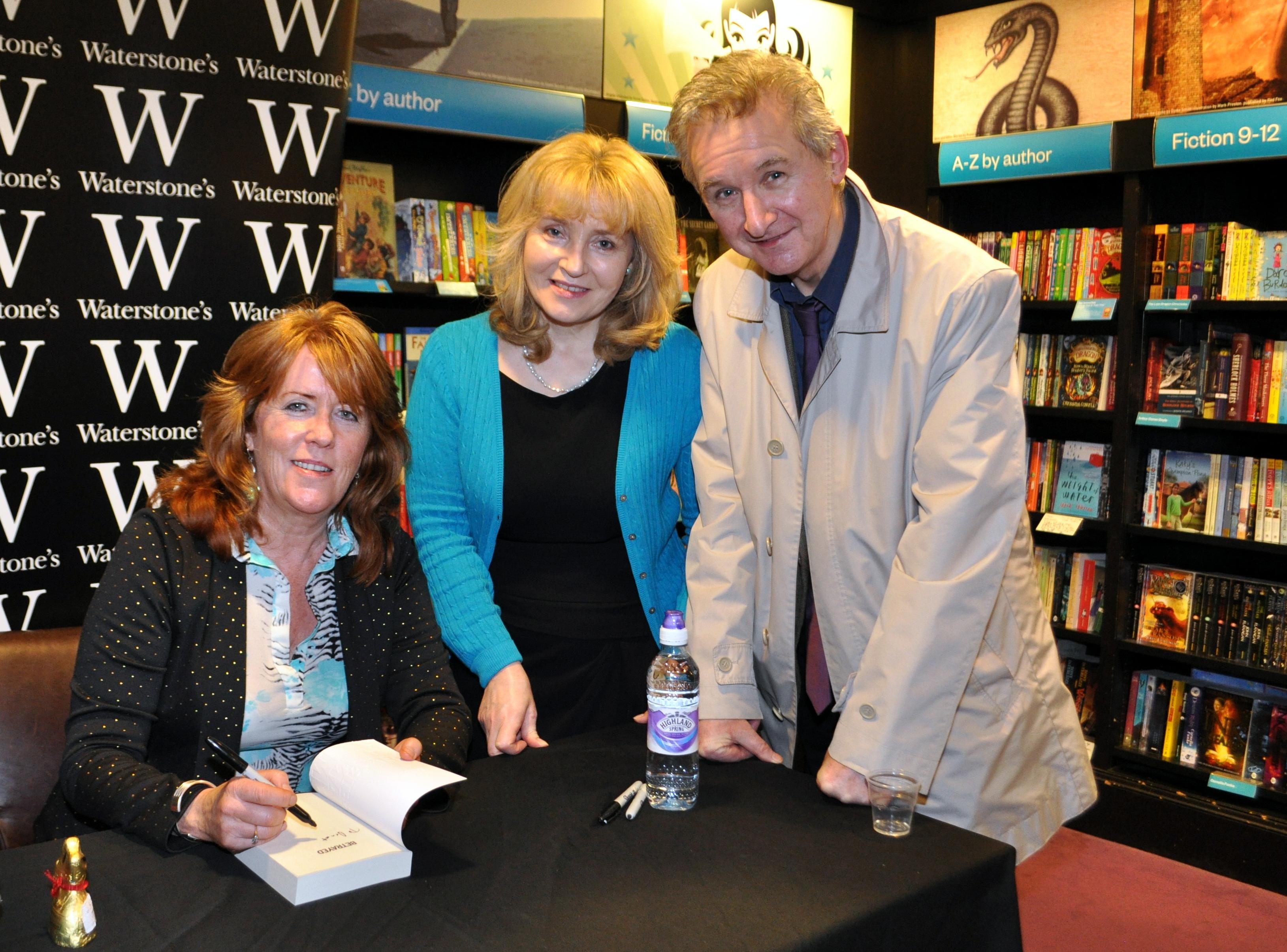 Anna Smith book launch 5 – THE DUMBARTON DEMOCRAT