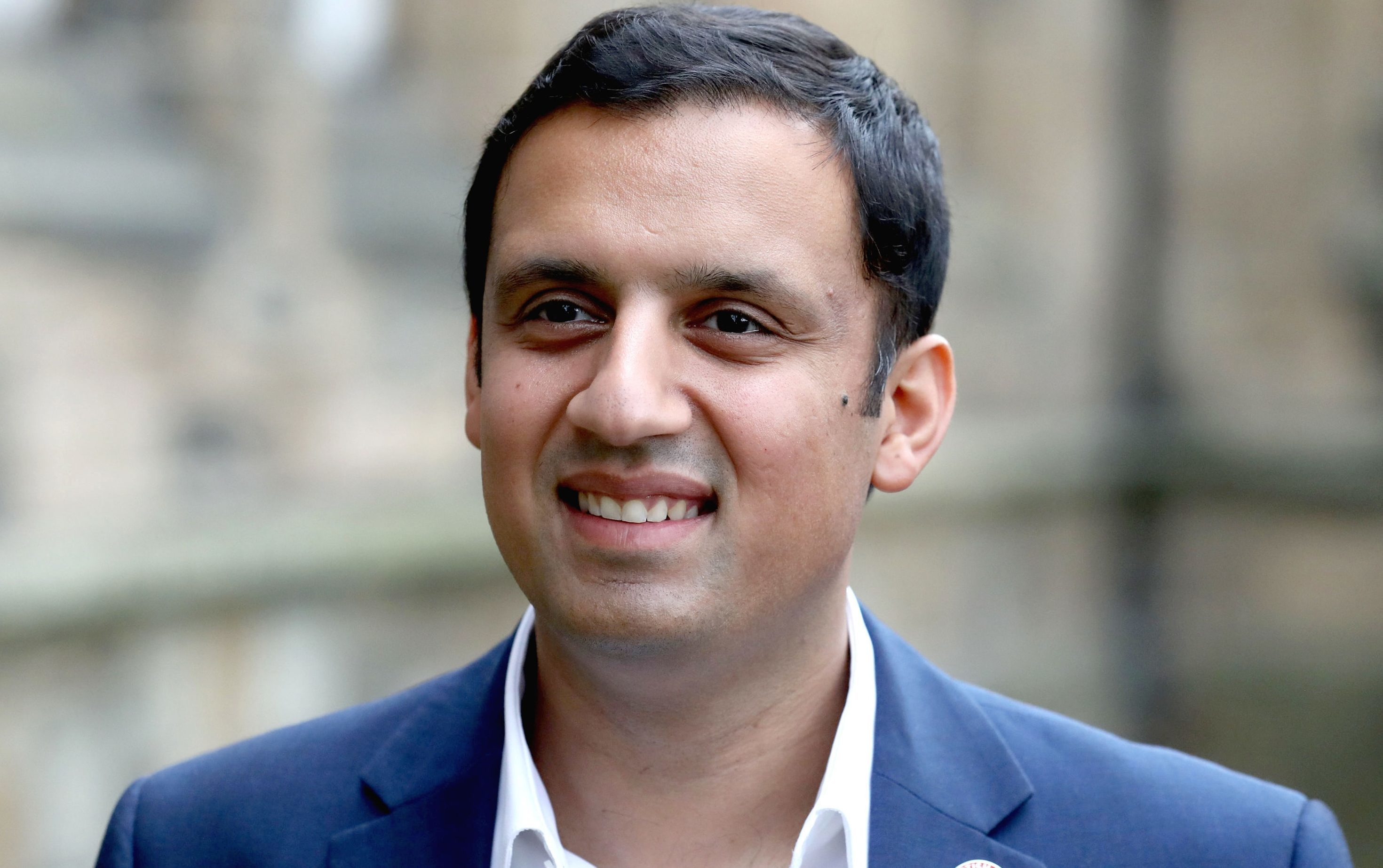 POLITICS: LABOUR LEADER SARWAR SAYS STURGEON SHOULD QUIT IF SHE BROKE CODE