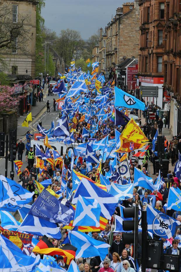 NOTEBOOK:  SWING TO LABOUR PUTS SNP'S SUPER MAJORITY ON A KNIFE EDGE