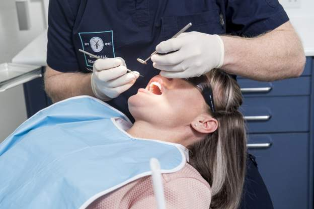 DENTISTRY: REPORT YOUR DENTIST IF HE TELLS YOU TO GO PRIVATE, SAYS SNP MINISTER