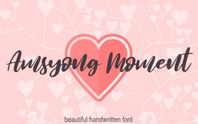 Amsyong Moment Script Font