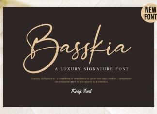 Basskia Script Font