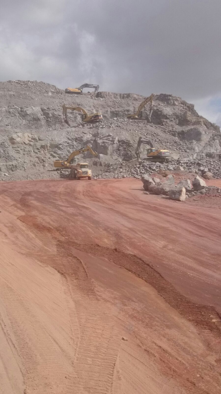 excavadora orugas 20,30,40,50 tn para excavación