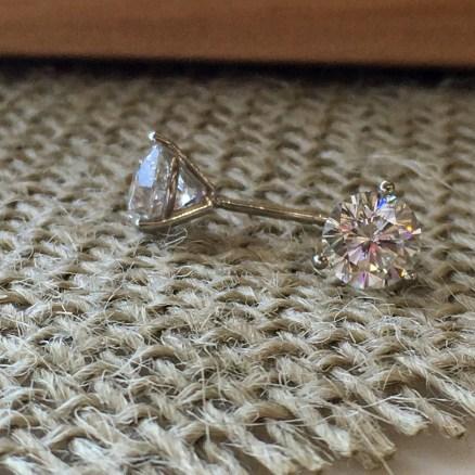 1.98ctw round martini set diamond stud earrings $10185
