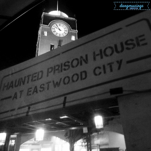 Hunt or Be Hunted at #EastwoodTWDHorrorHouse!
