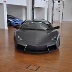 Lamborghini Reventon 3