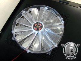 250mm_fan_brucelee_casemod9p