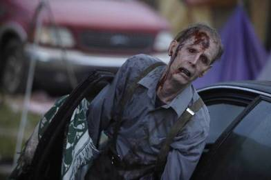 The Walking Dead - Zombie Cop