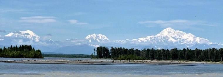 Views of Denali from talkeetna riverfront park