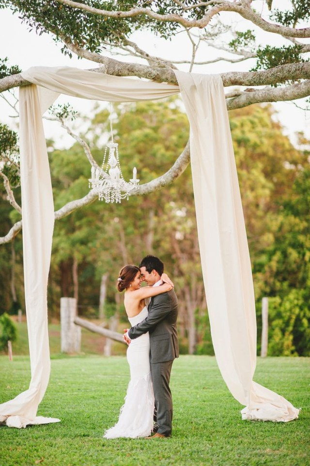 Arch Decorations For Weddings 25 Chic And Easy Rustic Wedding Arch Ideas For Diy Brides