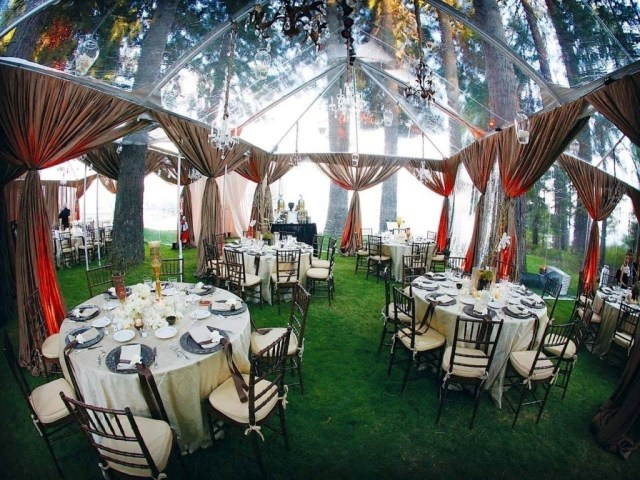 Cheap Outdoor Wedding Decorations Make The Very Special Backyard Wedding Reception Atmosphere