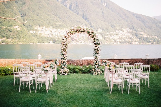 Decoration Wedding All You Need To Know About Wedding Decorations Bridestory Blog