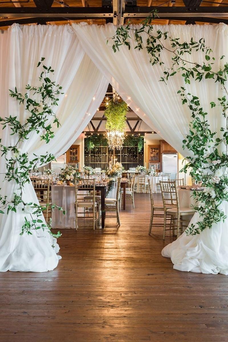 Elegant Wedding Decor Beautiful Simple But Elegant Wedding Decorations Wedding Ideas