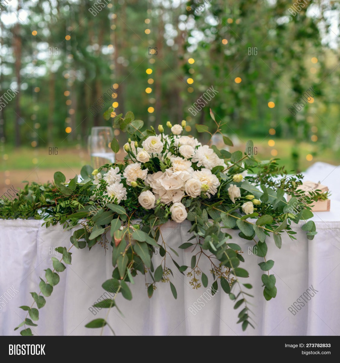 Elegant Wedding Decor Wedding Decor Table Image Photo Free Trial Bigstock