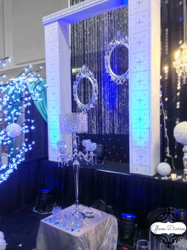 Royal Blue And Silver Wedding Decorations 25 Silver Wedding Decorations Ideas Wohh Wedding