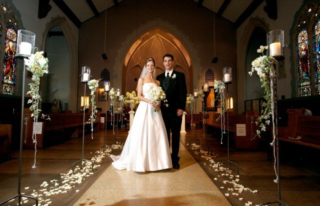 Simple Church Wedding Decorations Tips For Church Wedding Decorations Lovetoknow