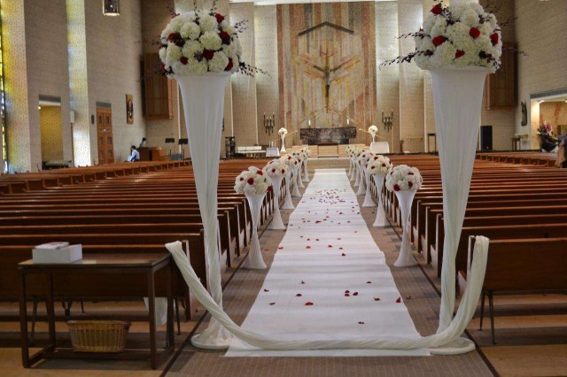 Simple Church Wedding Decorations Wedding Decorations For Church Catholic Church Decorations For Wedding