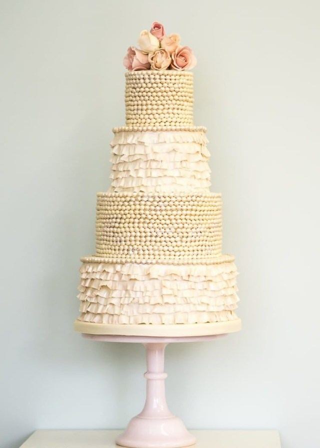 Wedding Cake Pearl Decorations Ruffles And Pearls Wedding Cake Rosalind Miller Cakes