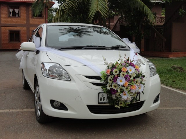 Wedding Car Decoration Get A Fantastic Wedding Car Decoration Right Here Flowerboutique