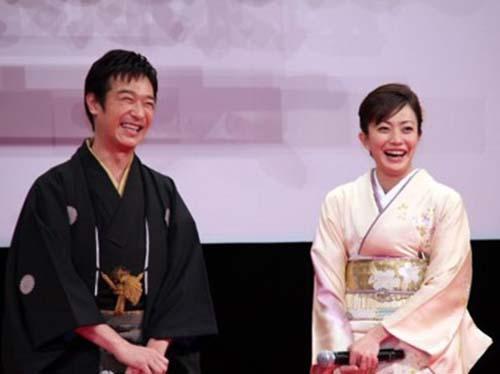 菅野美穂と堺雅人結婚