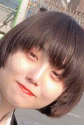 Ado(歌い手)の素顔はボブショートの美人!雑談たぬきで顔画像が流出?