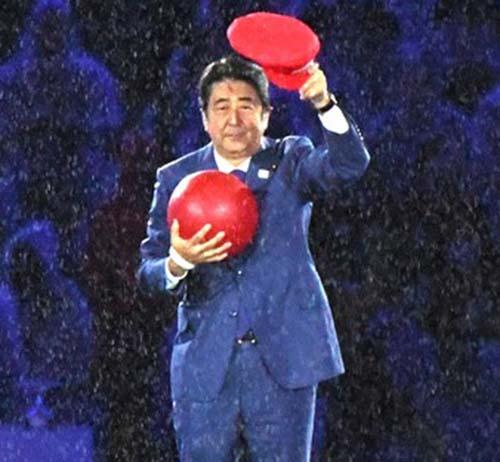 佐々木宏(元電通マン)の経歴・学歴・年収は?手掛けたCM作品が凄すぎる!