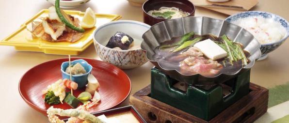 Tour travel bersama makanan halal di Jepang