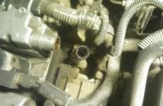 Opel Astra G_X16XEL_Соединение картера с клапанной крышкой