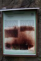 """záhadná """"plíseň"""" - nejspíř mezi folií a deskou, zapř™íčiněná vlhkostí, UV zář™ením a tř™eba i mimozemskými organismy :-)"""