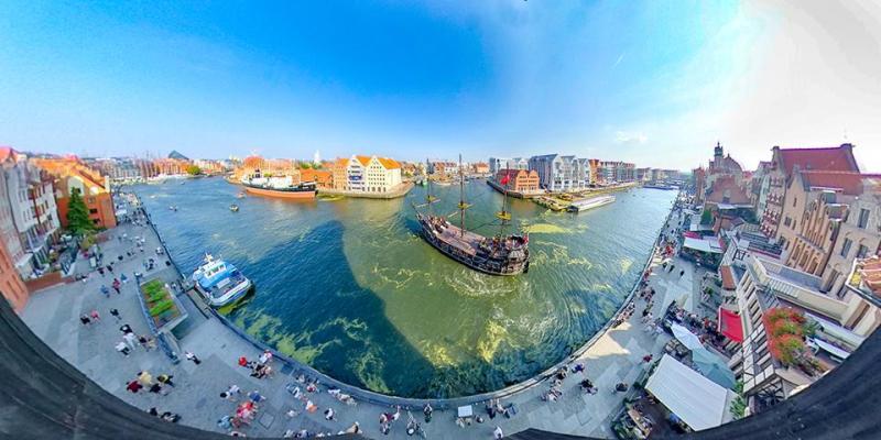 Gdansk kanal boyu