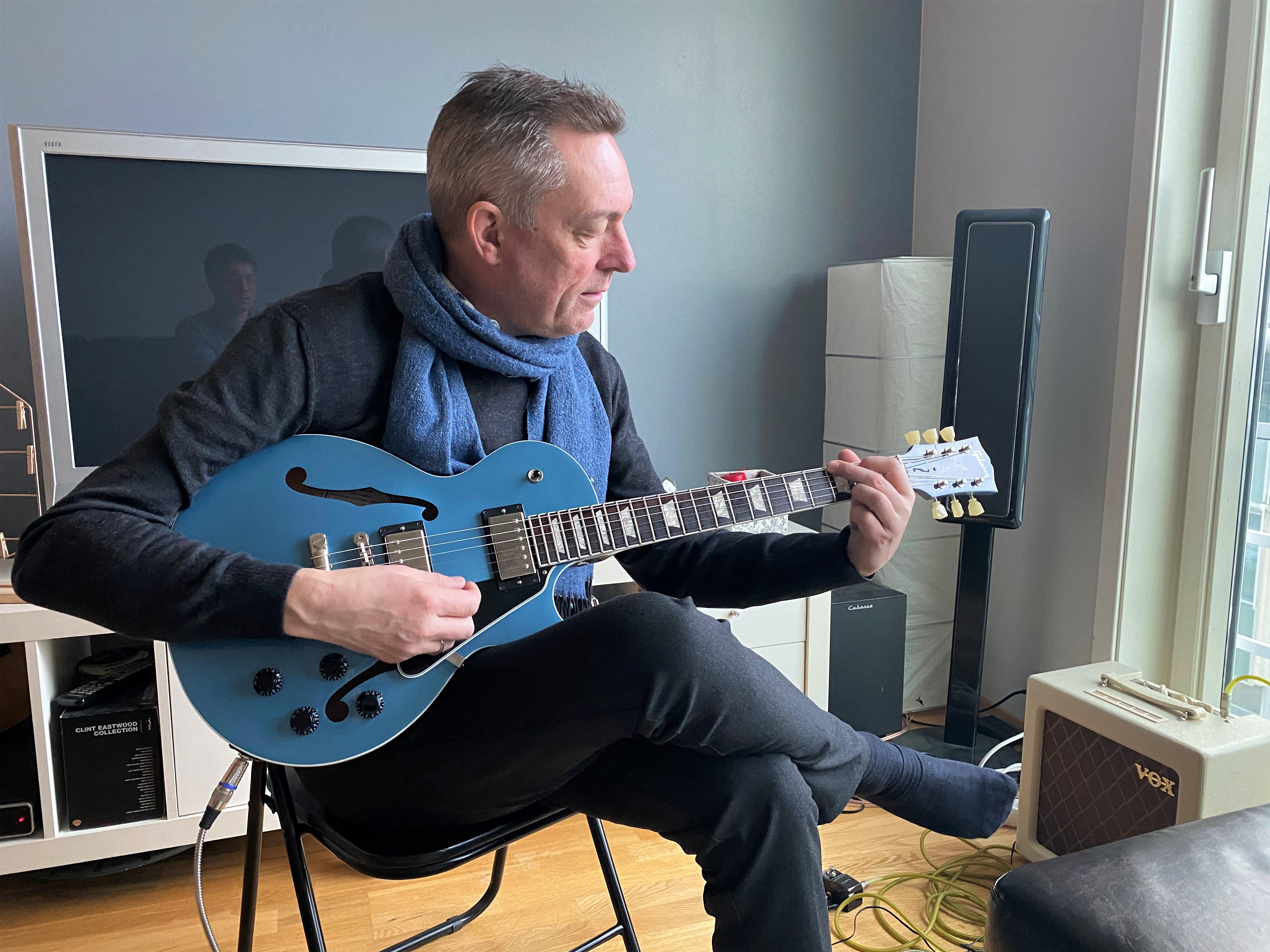 Bakke-Jensen med Gibson Les Paul