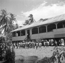 De Hernhuttersschool in Salem in het district Coronie, 1947. Nationaal Archief, cc-by-sa